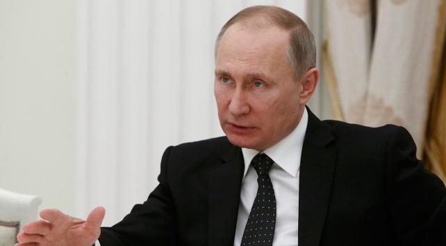 Kremlin, Putinin sağlık durumuna ilişkin iddiaları yalanladı