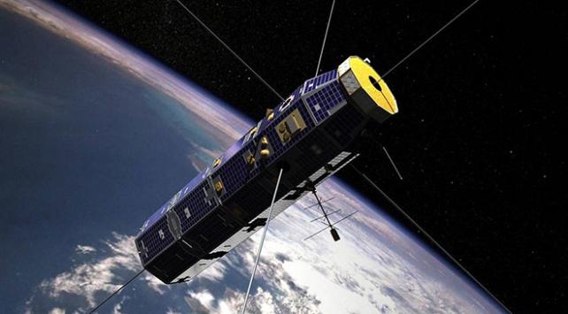 SpaceX, 60 internet uydusunu uzaya fırlattı