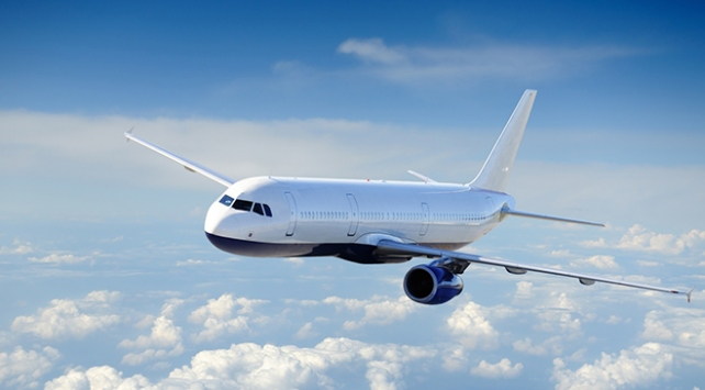 İranda yolcu uçağı zorunlu iniş yaptı