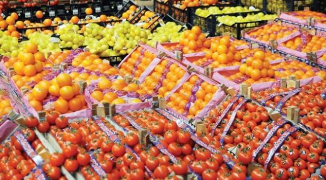 Yaş meyve sebze pazarında gözler Rusyada