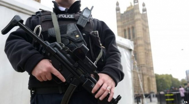 Interpol silah kaçakçılarına savaş açtı