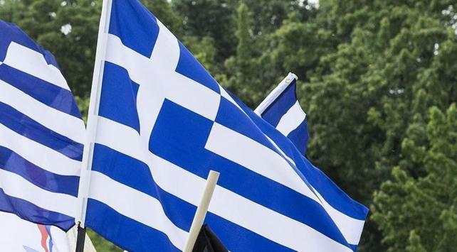 8 yıldır kriz yaşayan Yunanistanın bütçesi fazla verdi