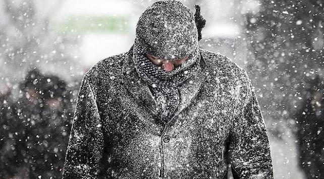 Balkanlardan kar geliyor