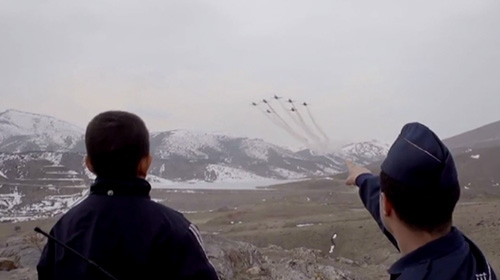 Hava Kuvvetleri Komutanlığından duygu dolu 23 Nisan klibi