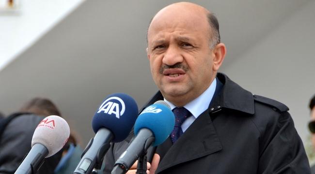 Yunan Savunma Bakanı şov yapıyor