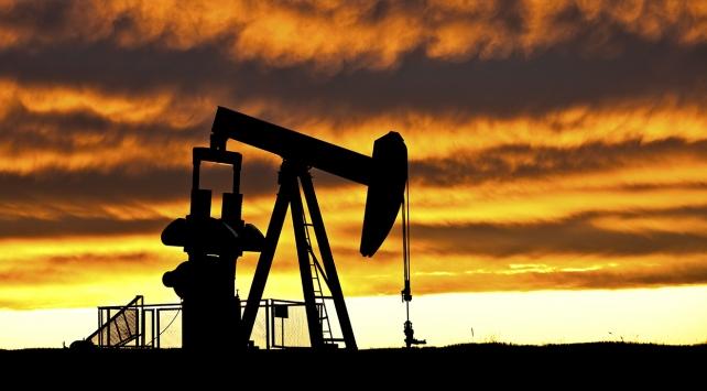 Brent petrolün varili, uluslararası piyasalarda 60,52 dolardan işlem görüyor.