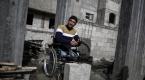 """Gazzede engellere """"meydan okuyan"""" inşaat ustası"""