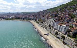 Karadeniz Sahil Yolundaki binalara estetik görünüm