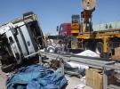 Ankara'da kamyon devrildi: 1 ölü