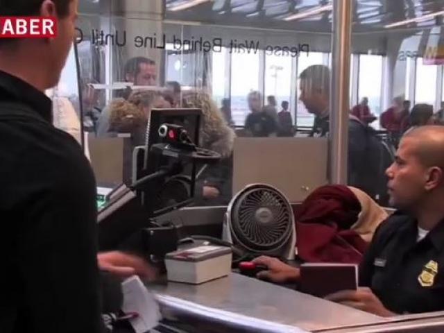 United Airlines yaralarını sarmaya çalışıyor