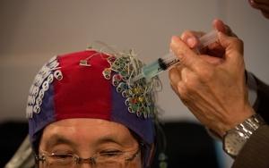 Japon bilim insanları insan beynini okuyan cihaz geliştirdi