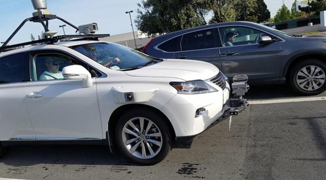 Appleın sır gibi sakladığı otomobili ilk kez görüntülendi