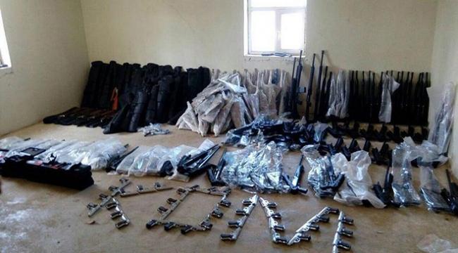 Hakkarideki terör operasyonunda çok sayıda silah ele geçirildi