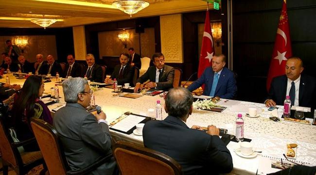 Cumhurbaşkanı Erdoğan Hindistanın önde gelen iş adamları ile bir araya geldi