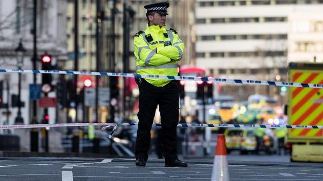 Londradaki terör operasyonunda 3 kişi daha gözaltına alındı