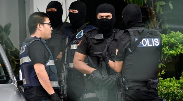 Malezya polisi FETÖ elebaşlarından İsmet Özçeliki gözaltına aldı