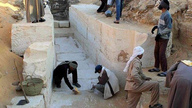 Mısırda 4 bin yıllık mezar bahçesi bulundu