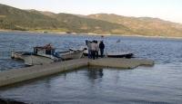 Göle Düşen Genç Kayboldu