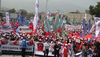 Türk-İş ve Kamu-Sen 1 Mayıs'ı Bursa'da Kutladı