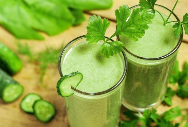 1. Yağ yakan salatalık suyu