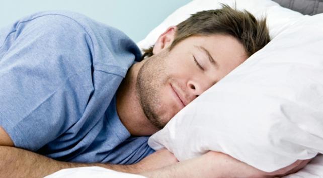 Düzenli uykuyla kilolara veda edin