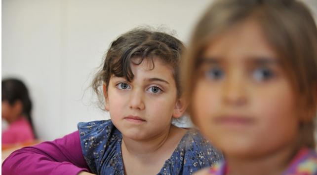 UNICEF: Mülteci çocuklar insan tacirlerine av oluyor
