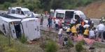 Muğlada Rus turistleri taşıyan midibüs devrildi
