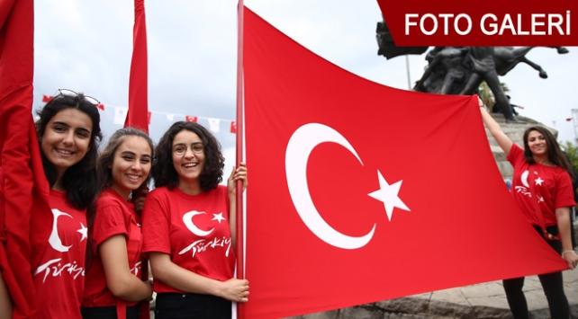 Bugün 19 Mayıs Atatürkü Anma, Gençlik ve Spor Bayramı