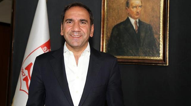 Sivasspor Kulübü Başkanı Otyakmaz: Her iki takım da şampiyondur