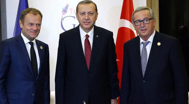 Cumhurbaşkanı Erdoğan, Brükselde Juncker ve Tuskla görüşecek