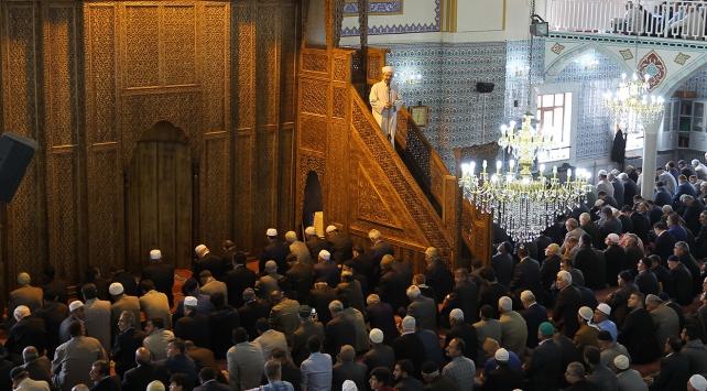Görmez: Ramazan ilahi bir mekteptir