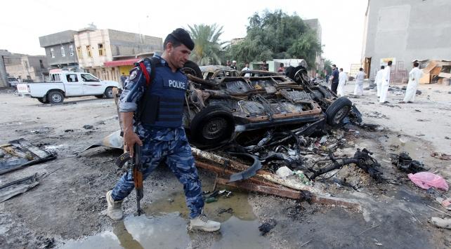 Irakta bombalı araçlarla iki ayrı saldırı: 13 ölü, 15 yaralı