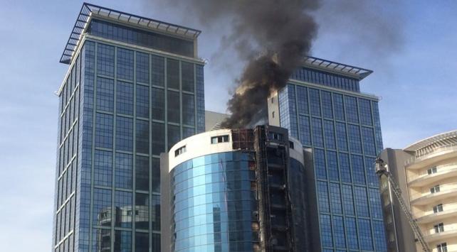 Bursada otel inşaatında yangın