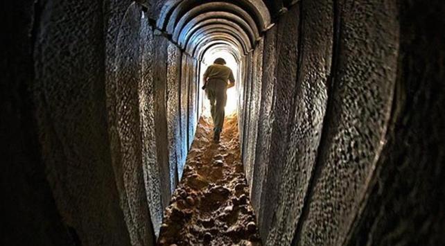 Mısır ordusu Gazze sınırındaki 2 tüneli yıktı
