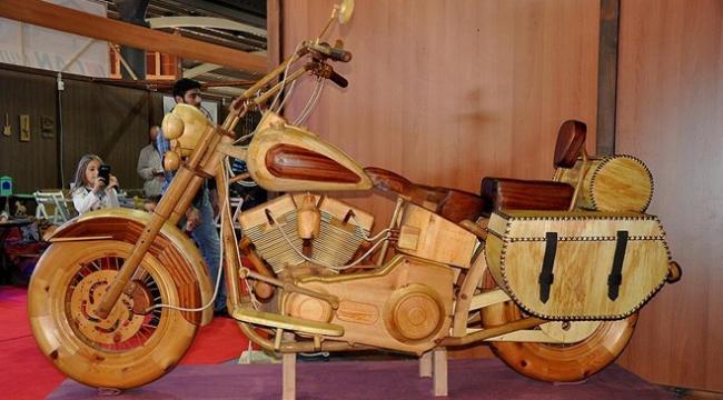 Ahşap Fuarının gözdesi ahşap motosiklet oldu