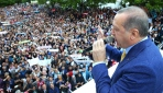 Erdoğan ilk konuşmasını kongre dışındaki kalabalığa yaptı
