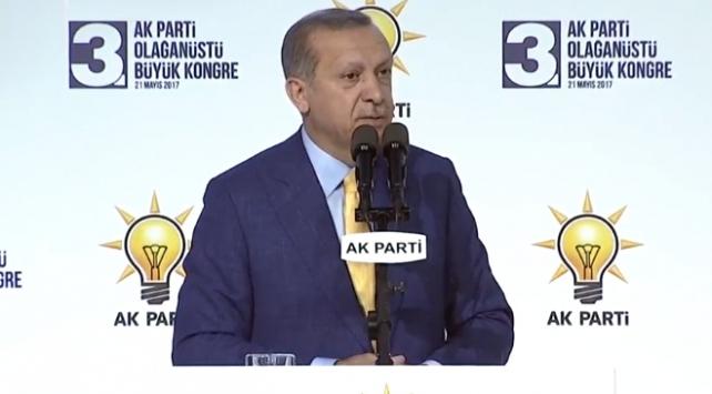 Cumhurbaşkanı Erdoğan: Bu kongre diriliş kongresidir