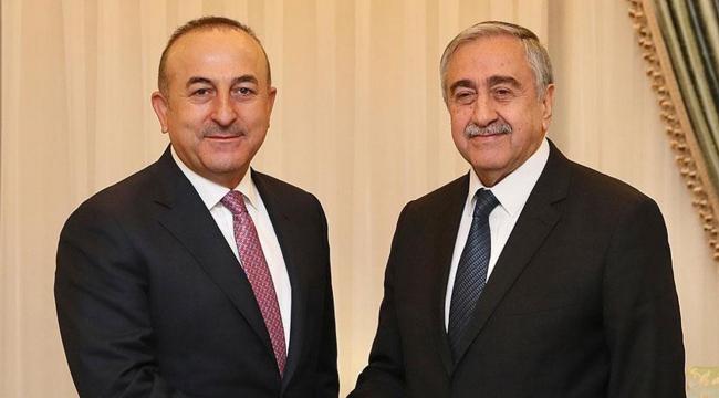Dışişleri Bakanı Çavuşoğlu, KKTC Cumhurbaşkanı Akıncı ile görüştü