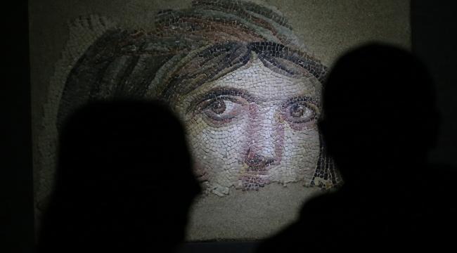 Dünyanın en büyük mozaik müzesi Zeugmaya ziyaretçi akını