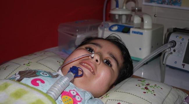 Bakanlığın ilaç müjdesi SMA hastası Firdevse umut oldu
