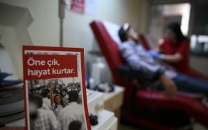 Kan bağışına ramazan mesaisi
