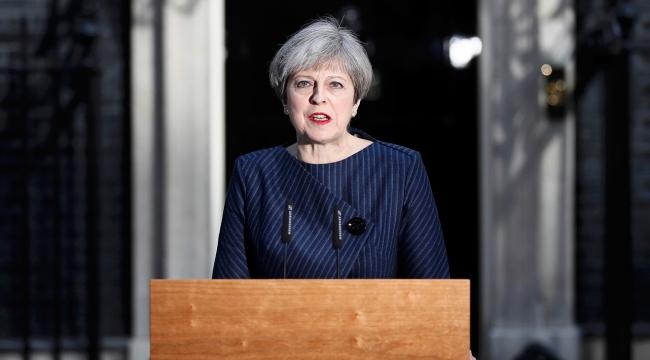 İngiltere Başbakanı May, Trump ile istihbarat krizini görüşecek