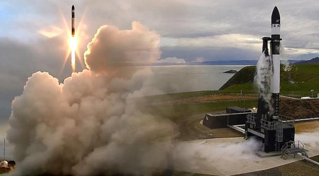 Dünyada ilk kez özel şirkete ait platformdan roket fırlatıldı