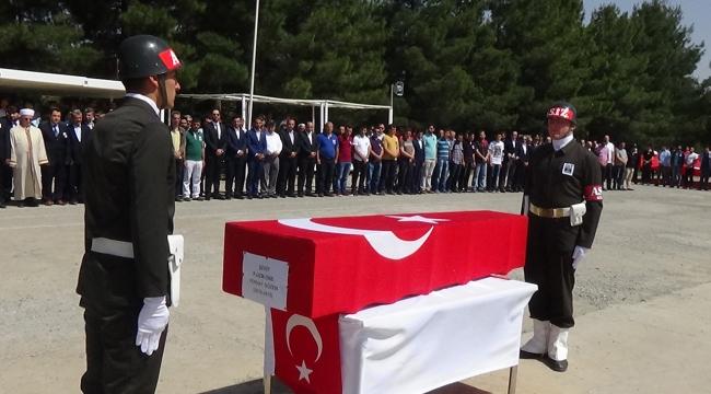Şehit uzman onbaşı için tören düzenlendi