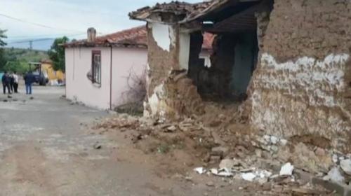 Manisada 5,1 büyüklüğünde deprem