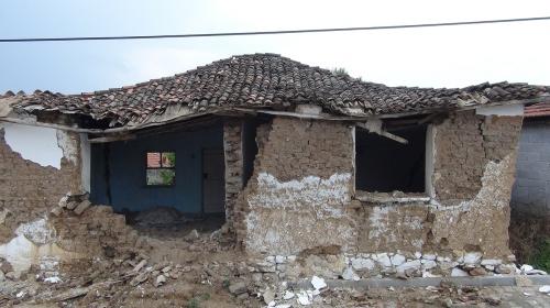 Manisadaki depremin ardından çadır sayısı 200e ulaştı