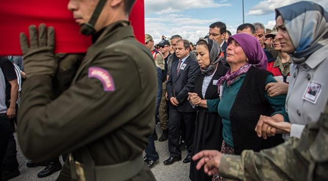 Jandarmanın ilk kadın komutanı şehit Yakuta son veda