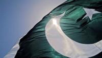 Pakistan Senatosu Başkanı BAE ziyaretini iptal etti