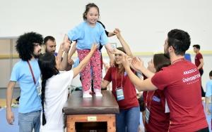 Down sendromlu çocuklara akademik kamp