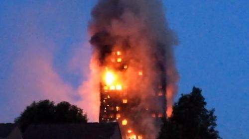 Londrada dev yangın